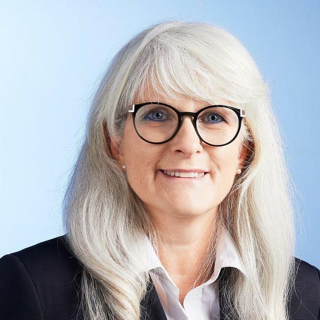 Karin Kummer